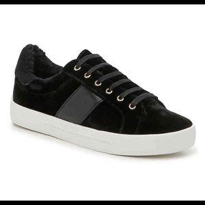 NEW Joie Sneakers